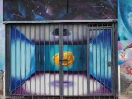 Street Art Valparaiso: mental liberation to infinity