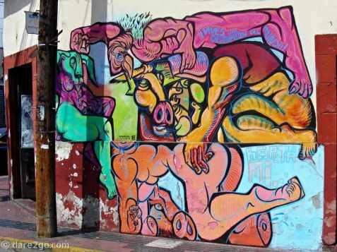 La Serena: erotic surrealistic streetart