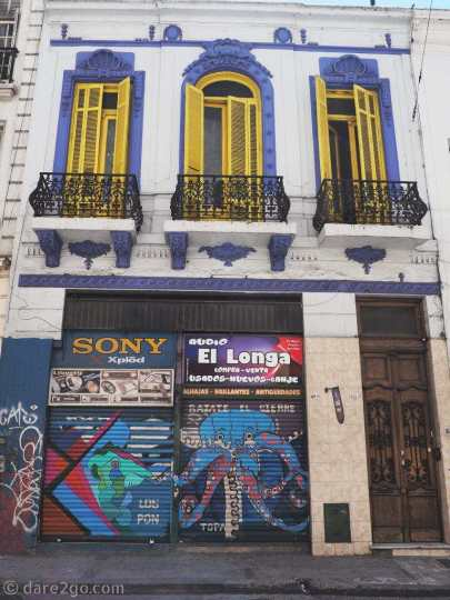 Street Art Buenos Aires: a small house in Calle Libertad
