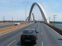 The JK (Juscelino Kubitschek) suspension bridge was voted the most beautiful bridge in the world. Three big arches zigzag across the lake.