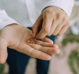 毎日結婚指輪をつけてくれそうな男性芸能人ランキング!3位「坂口健太郎」、2位「斎藤工」、1位は?