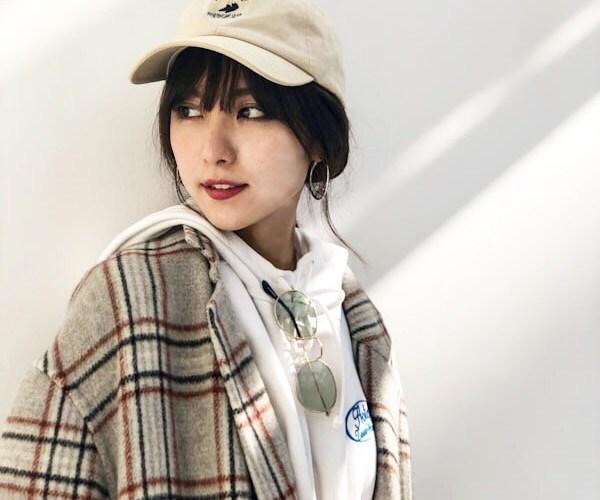 実はキャップマニア♡石川恋の私服が可愛い!