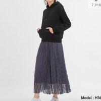 【GU】秋まで使える!レースプリーツロングスカート黒が可愛い
