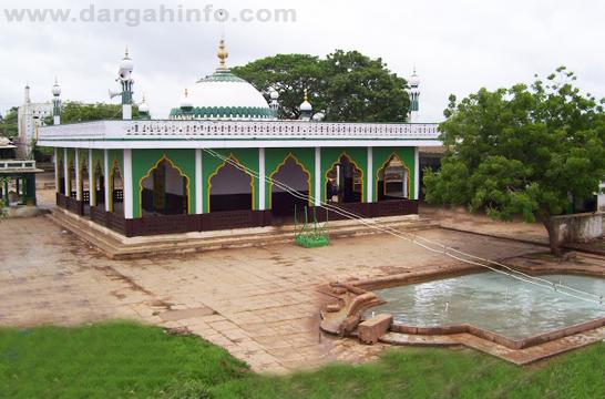 Ziyarat – Aal-e-Qutub Aal-e-Syed Abdullah Shah Ghazi