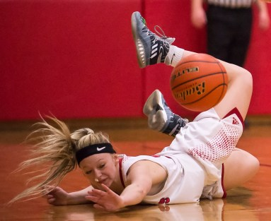 DARIN EPPERLY/DAILY NEWS -- O'NEILL -- Hailey Eiler of O'Neill St. Mary's dives for a loose ball during Tuesday night's game against Boyd County. 2-7-17