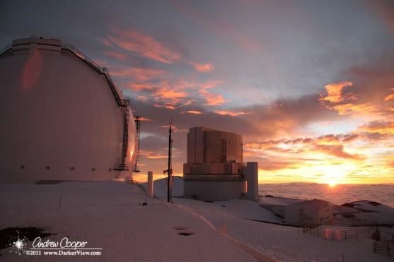 Sunset over the Keck 1 and Subaru telescopes
