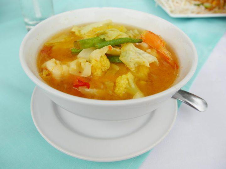yellow-shrimp-curry