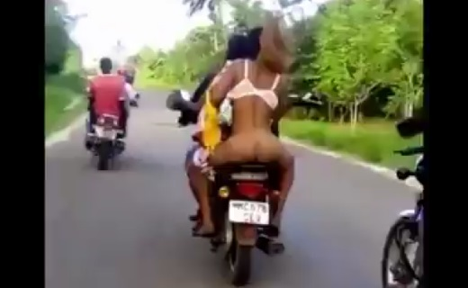 WATCH: Ashawo Caught Naked On Bike