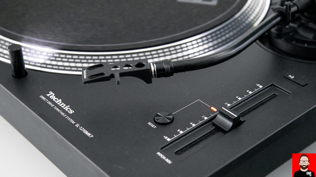 A closer look at the Technics SL-1500C, SL-1200 MK7   Darko