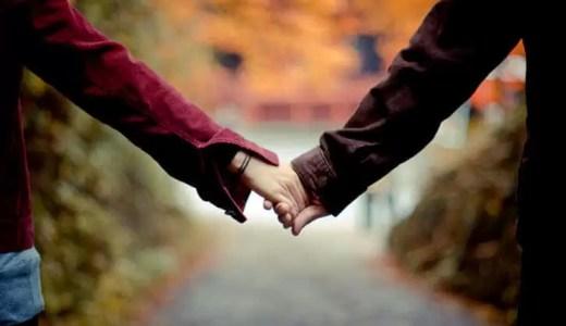 男友達と手を繋ぐのはアリ?本当の心理と「手を繋ぎたいな…」と異性に思わせるシチュエーションを紹介します