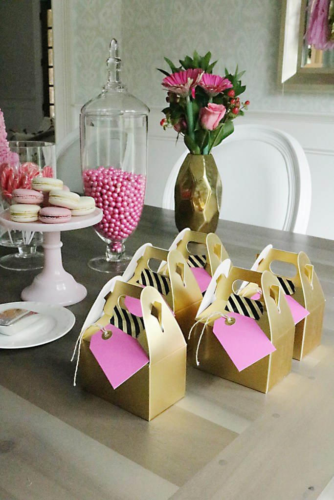 gold-pink-gift-bags