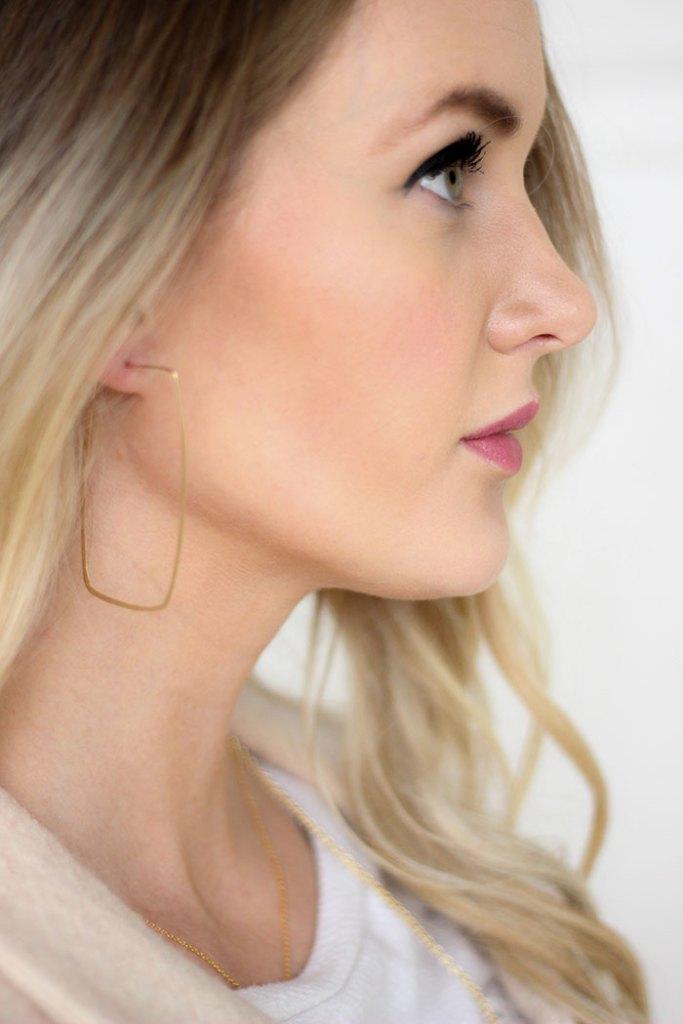 darleen-meier-jewelry-rectangle-hoop