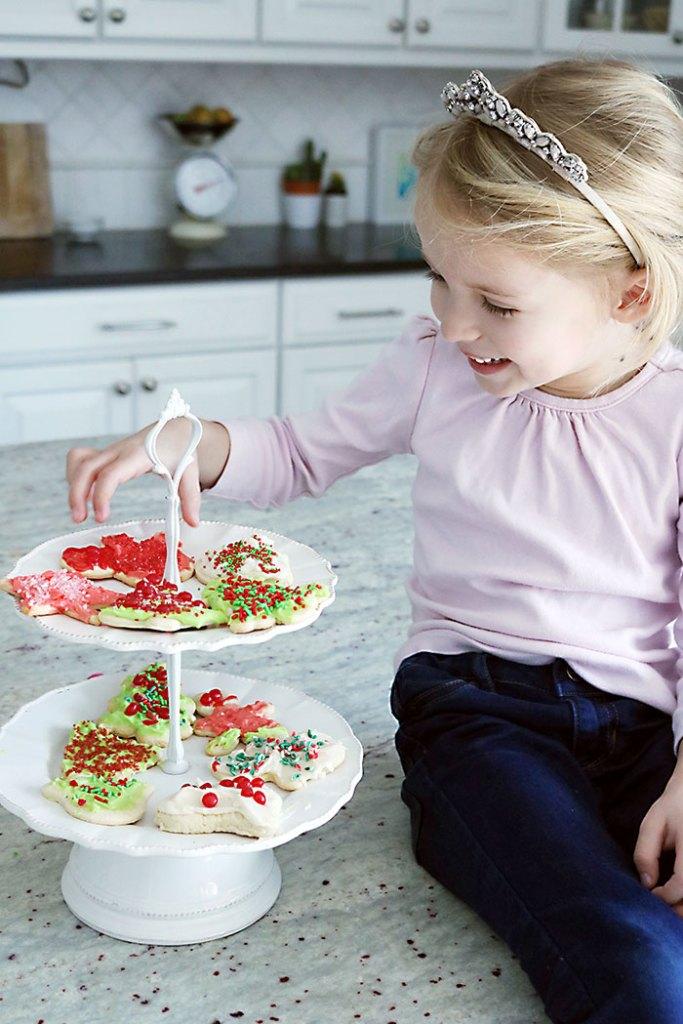 decorated-sugar-cookies