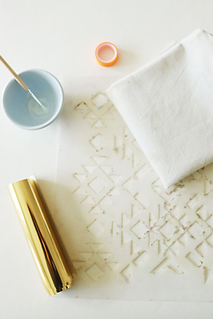 diy-gold-foil-stencil-pillow-supply-pic