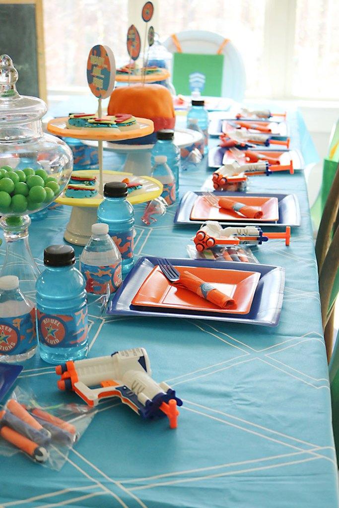 nerf-gun-birthday-party-table