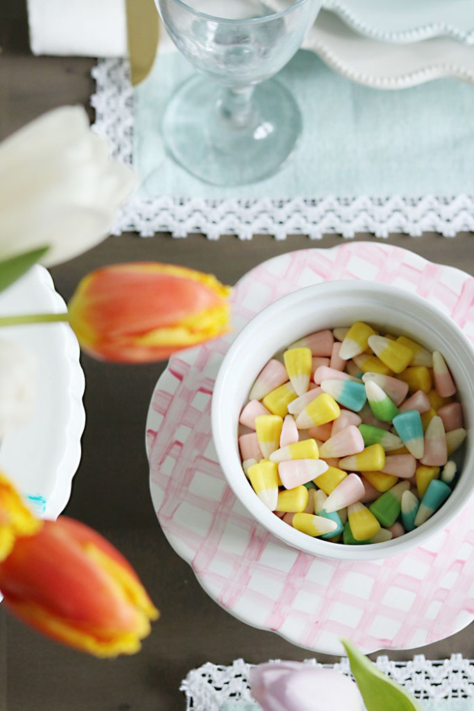 Easter-candy-on-platter-table