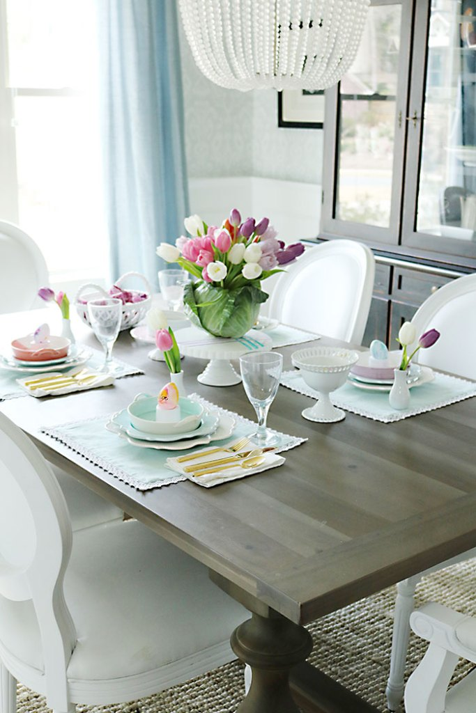 Easter-table-display-decorations