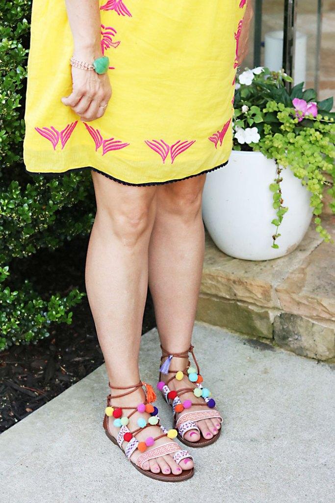 DIY-pom-pom-sandals-flowers, DIY-pom-pom-sandals-words, pom pom gladiator sandals, pom pom sandals, how to make pom pom sandals, summer trend pom pom sandals, Elina Linardaki Penny Lane Lace Up Sandals DIY