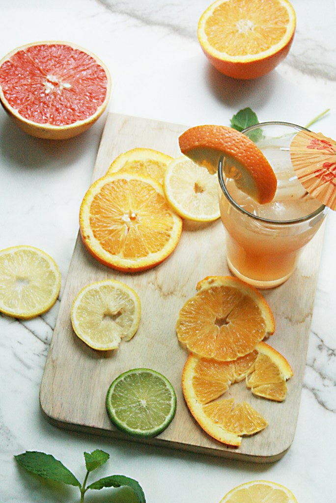 citrusslicesandgrapfruitlemonade