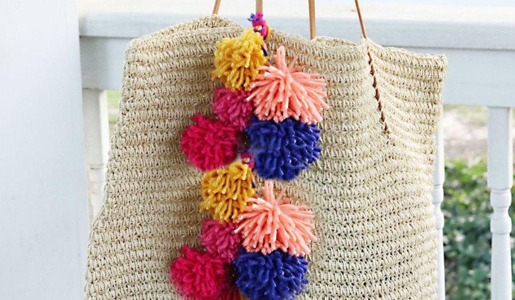 DIY Pom Pom Bag