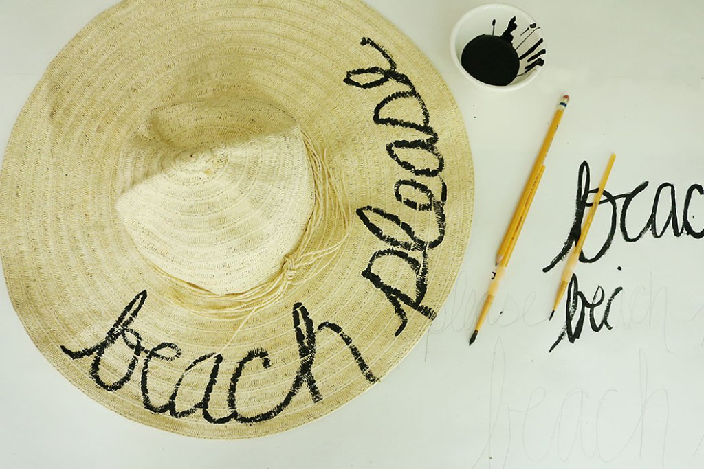 diy-word-script-straw-hat-painting-hat