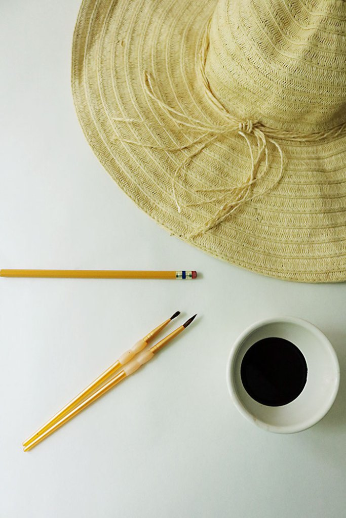 diy-word-script-straw-hat-supplies