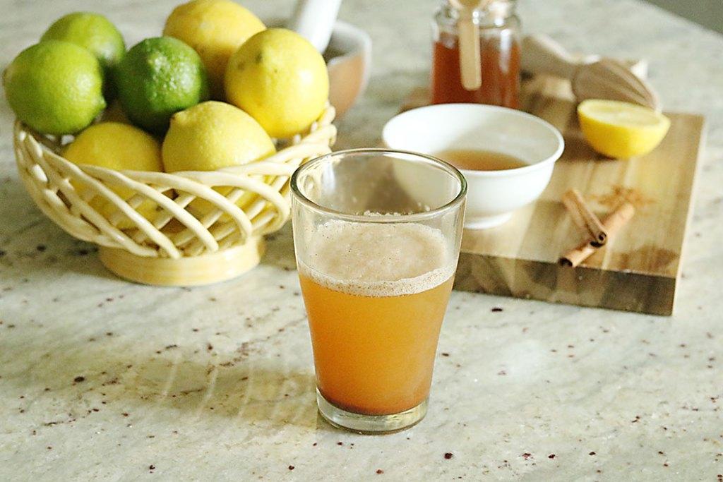 raw-apple-cider-vinegar-juice-drink