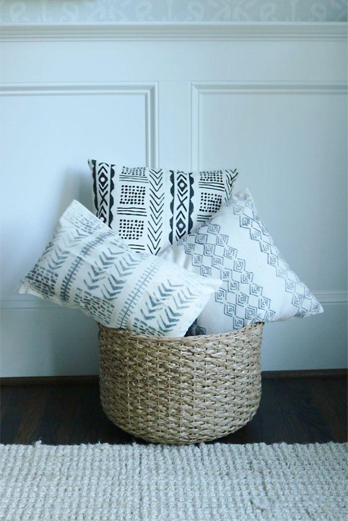 diy-mud-cloth-pillow