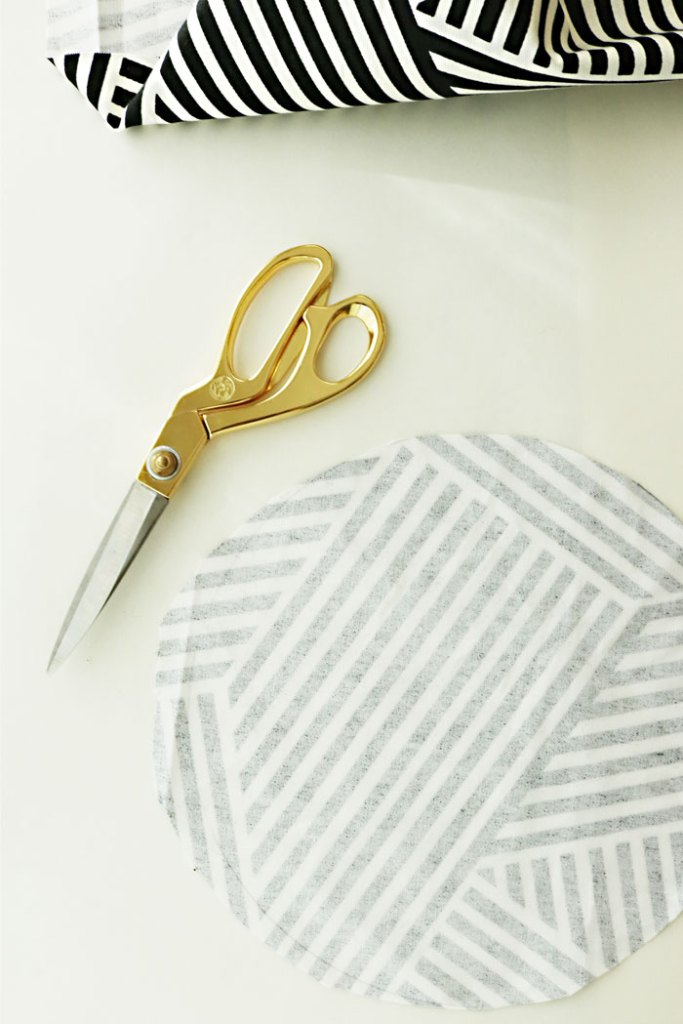 diy-fabric-pumpkins-cutting-circle