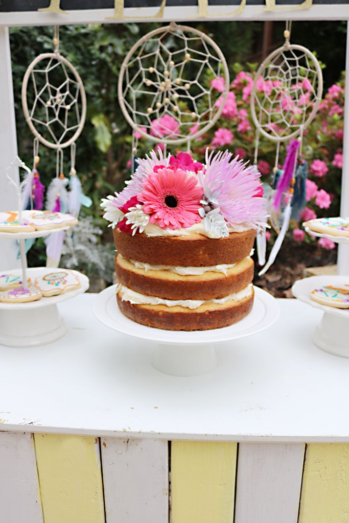 boho-naked-cake-for-birthday-cake