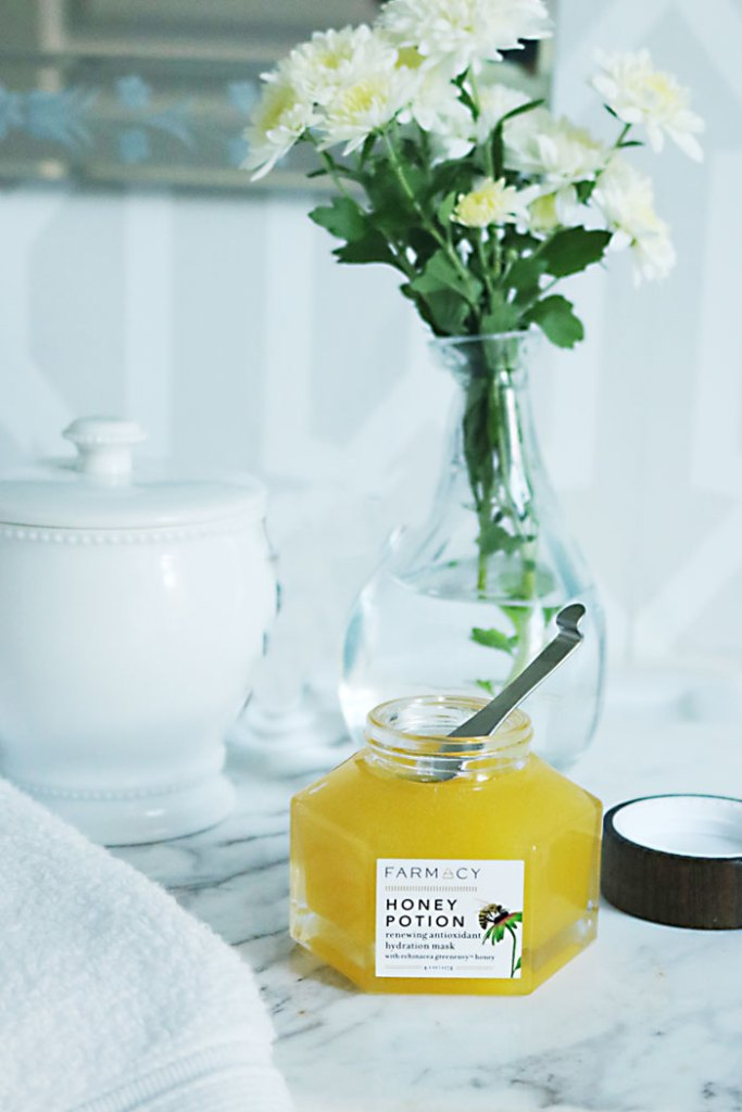 beauty-products-honey-potion-face-mask