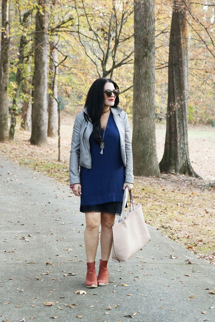 fall-fashion-tote-and-booties