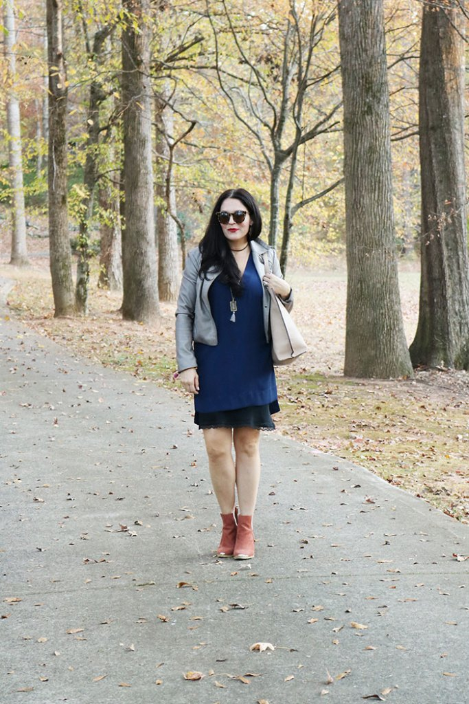 fall-fashion-walking-in-the-park