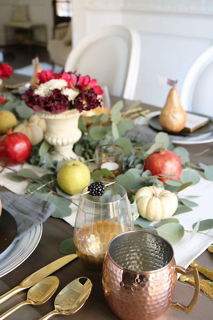 farm-to-table-fruit-centerpiece-for-thanksgiving
