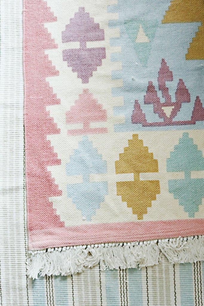 guest-bedroom-rugs