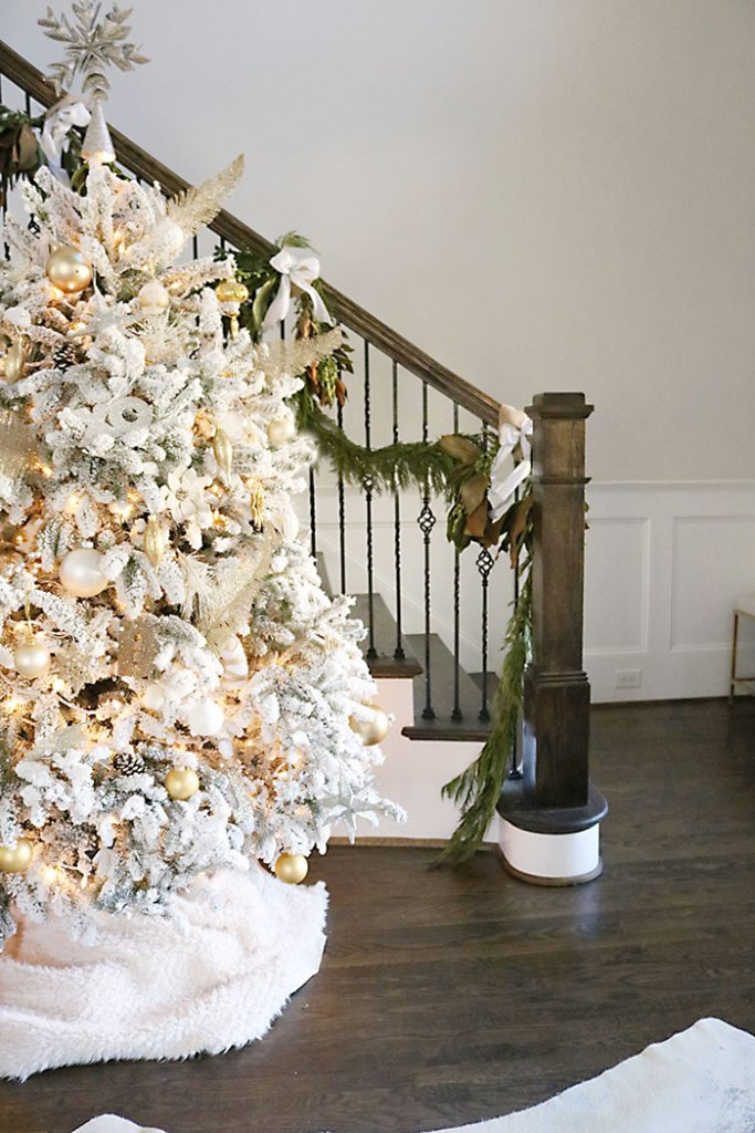 christmas-house-decorations-white-flocked-tree