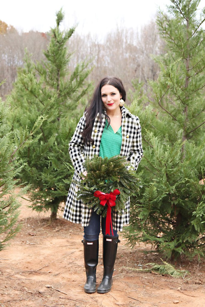 cutting-christmas-tree-outfit-idea, freshly cut christmas tree, cutting Our christmas tree outfit ideas, holiday outfit, hunter boots, oxford coat, jcrew, plaid coat