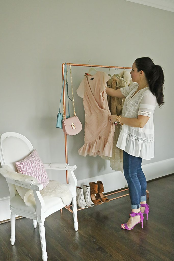diy copper clothing rack, how to make a copper clothing rack, diys copper piper, diy copper clothing rack tutorial, chloe bag, modern clothing rack, closet ideas, small space closet