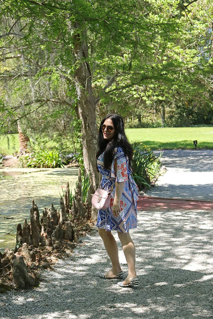 magnolia plantation and garden, exploring charleston south carolina, historic charleston, low country, southern charm outfit, spring outfit, charleston outfit ideas, south outfit idea, spring outfit, breezy dress, shein dress