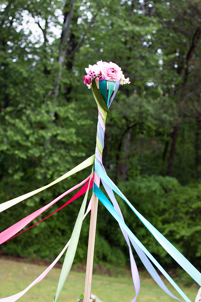 How to Make May Pole
