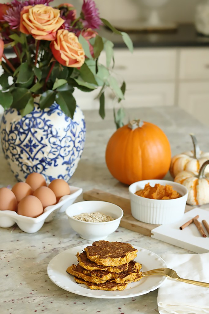 healthy pumpkin breakfast ideas, pumpkin recipes, pumpkin for breakfast, recipe ideas, pumpkin protein pancakes, pumpkin steel cut oats, pumpkin protein shake, puree pumpkin, healthy breakfast ideas, diet