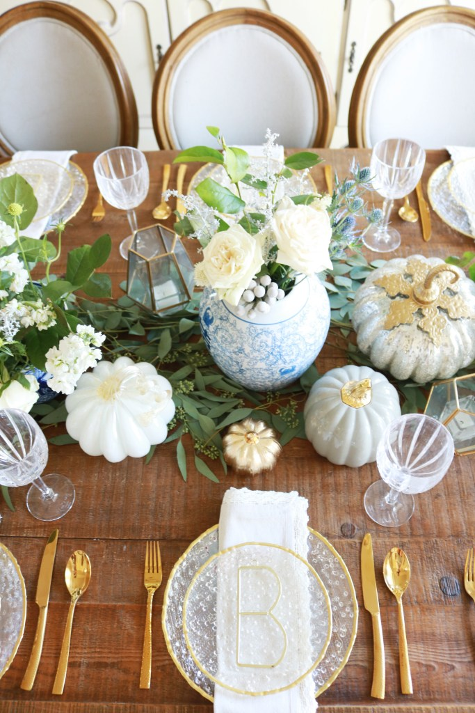 Elegant thanksgiving table setting darling darleen a for Elegant table setting for thanksgiving