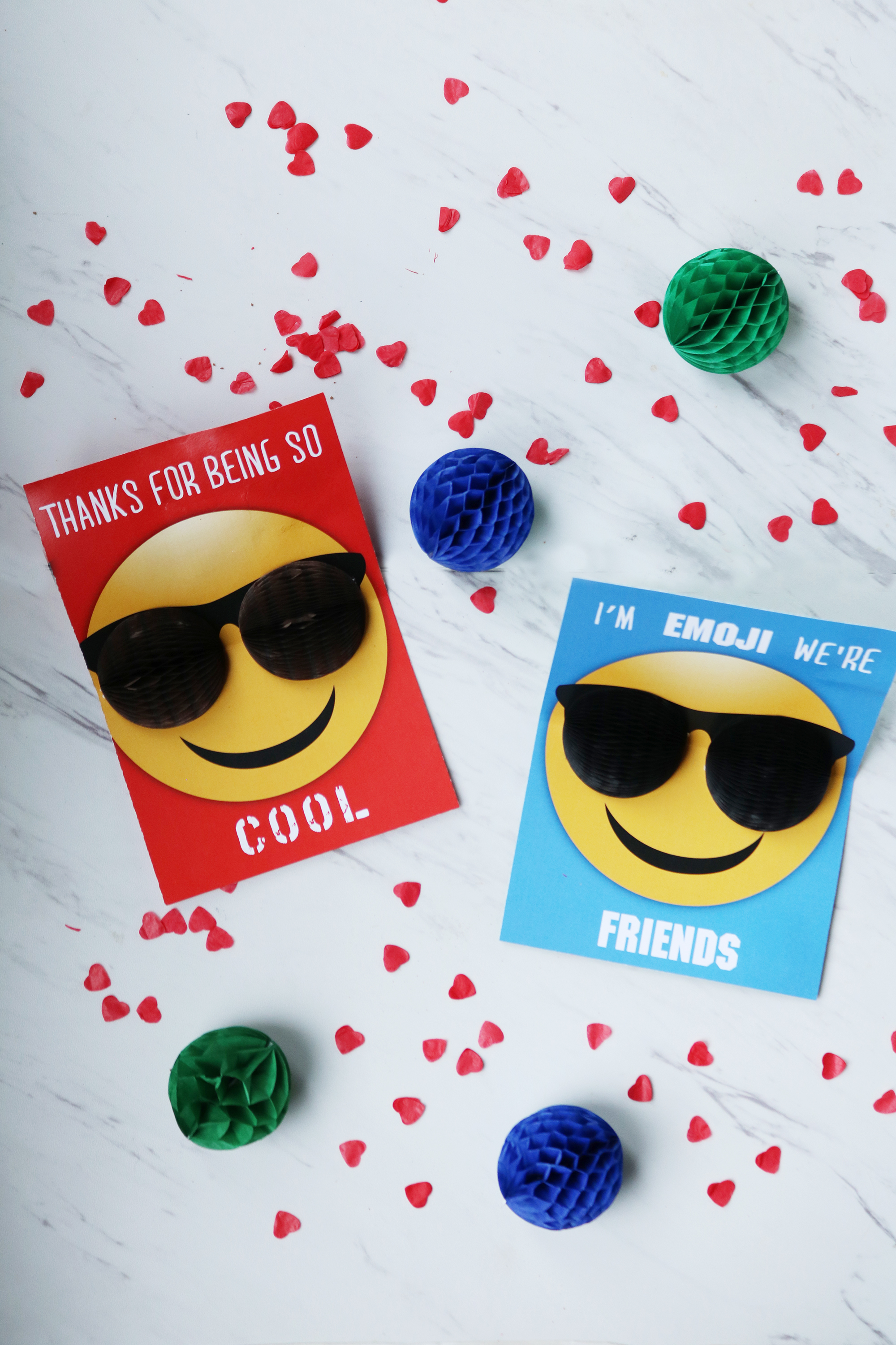 Valentine Emoji Pop-Up Card using Honeycomb balls || Darling Darleen