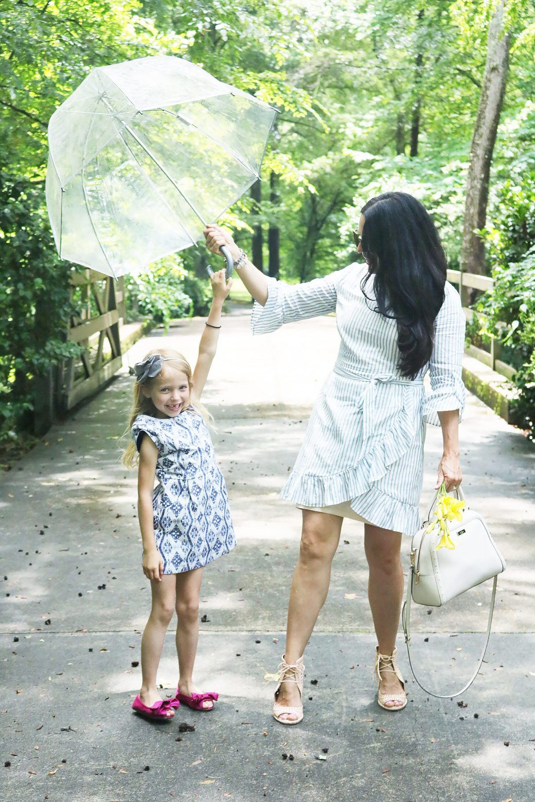 Sharing Simple Mother's Day Tips and Gifts to bring a smile to All Mothers this Year || Darling Darleen Top Lifestyle Connecticut Blogger #mothersday #mothersdaytips #mothersday2020