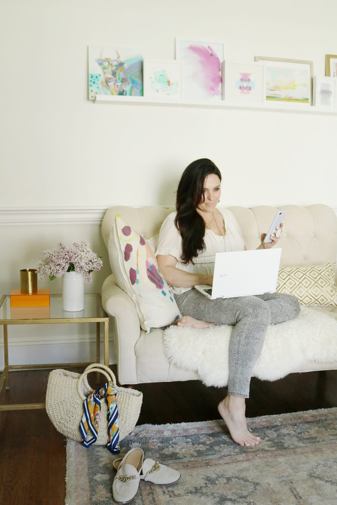 Tips on reducing the effects of screen time and still enjoy the quality of life || Darling Darleen Top Connecticut Lifestyle Blogger