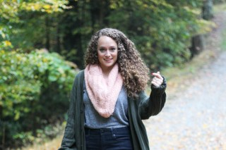 Gray V-Neck, Skinny Jeans, Coral Scarf, Taupe Booties, and Oversized Green Cardigan