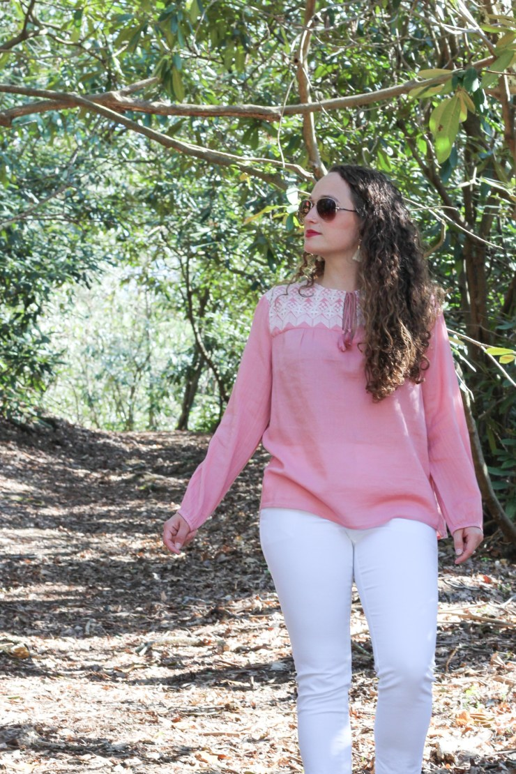 Pink embroidered top and white cropped pants for an easy spring look!