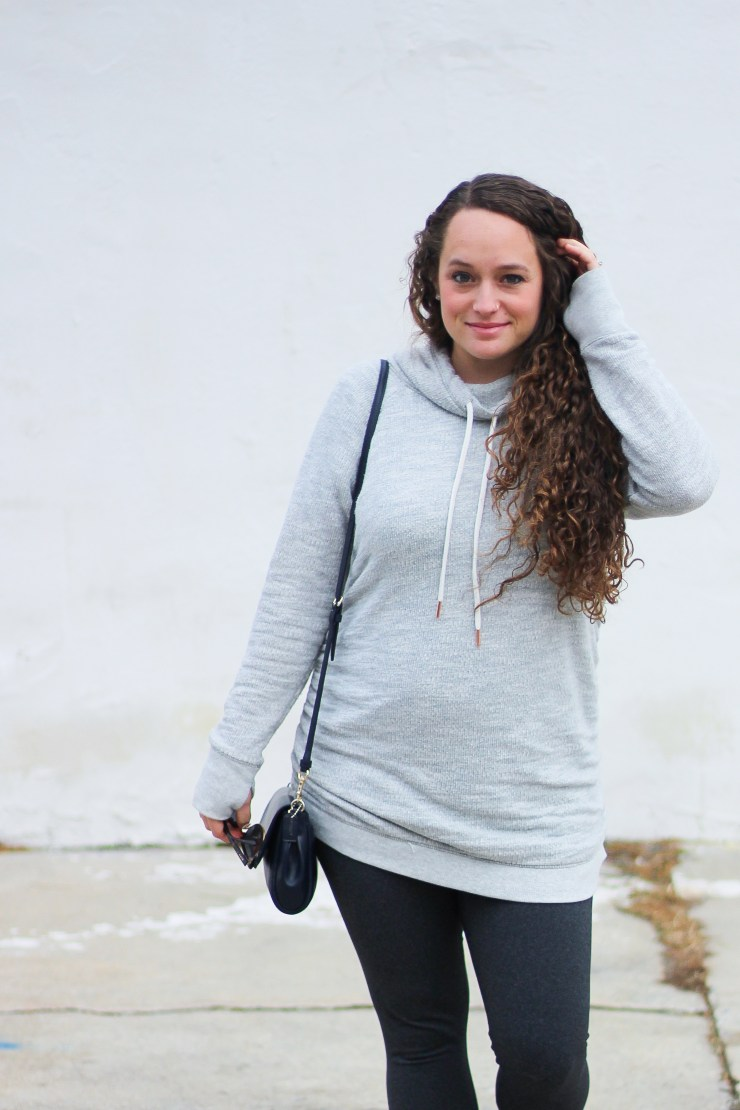 must have maternity clothing items
