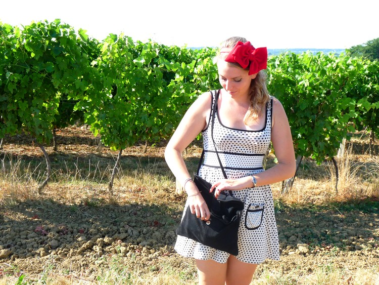 Gers, vin, vignoble, vigne, fashion, ruban rouge, serre tete, headband, noeud,sac mango11