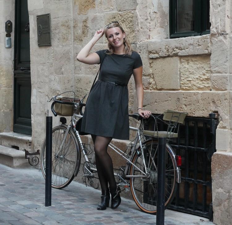 robe mademoiselle R, veste mango, echarpe, sac à main, bordeaux, chaussures bocage 22
